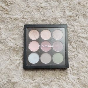 M.A.C Mini Eyeshadow Palette